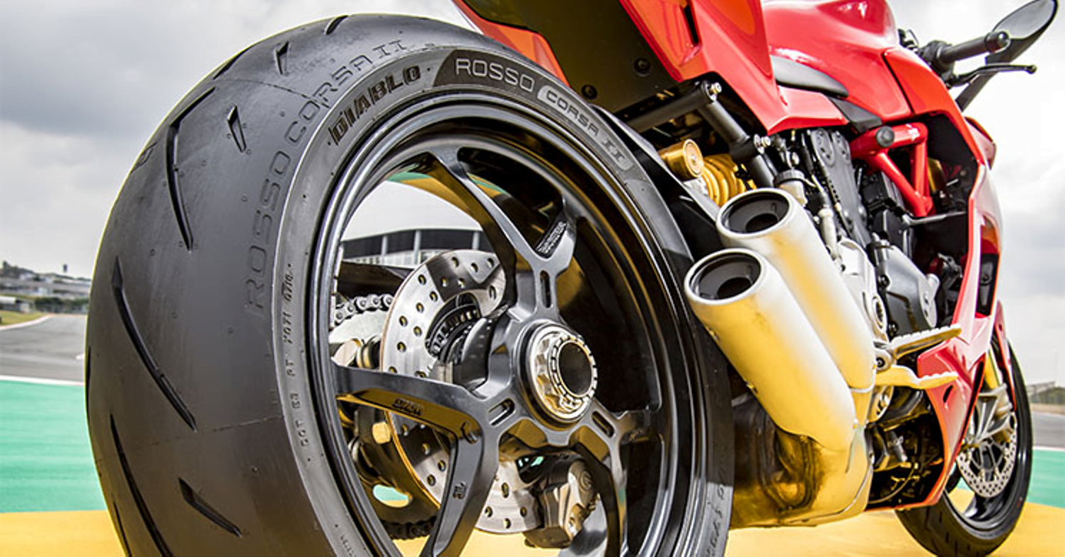 Bike Tyre Warehouse News and Blog – RideFast Magazine – Tyre Tech Talk – 201912 – Pirelli Diablo Rosso Corsa II 005